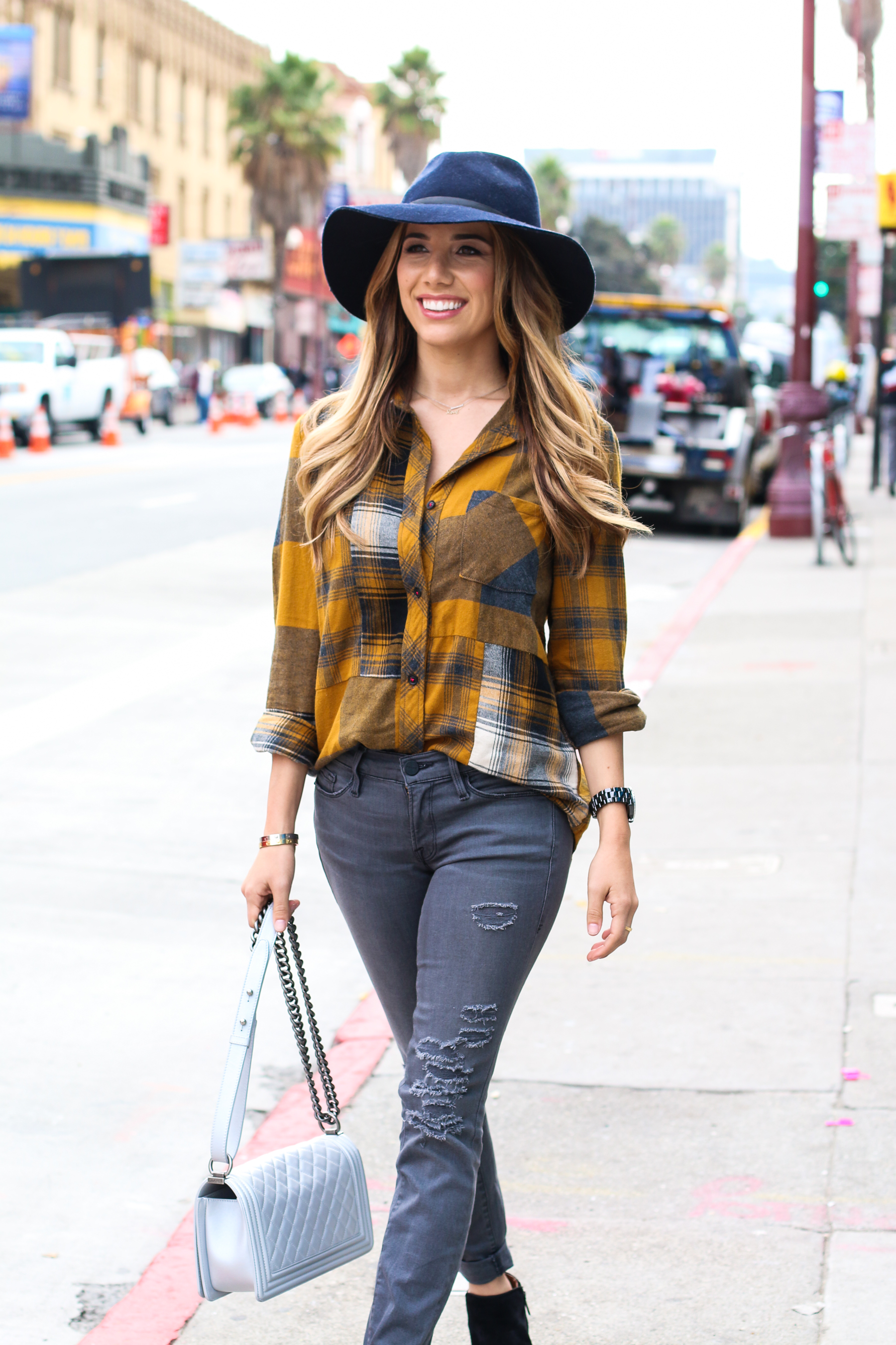 Ariana-Lauren-Fashion-Born-Blogger-Plaid-Shirt-Gray-Jean-Mission-District-San-Francisco-Photography-by-Ryan-Chua-6972